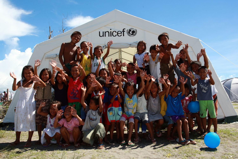 UNICEF Danmark for alle verdens børn. Gina Tricot lancerer julekampagne.