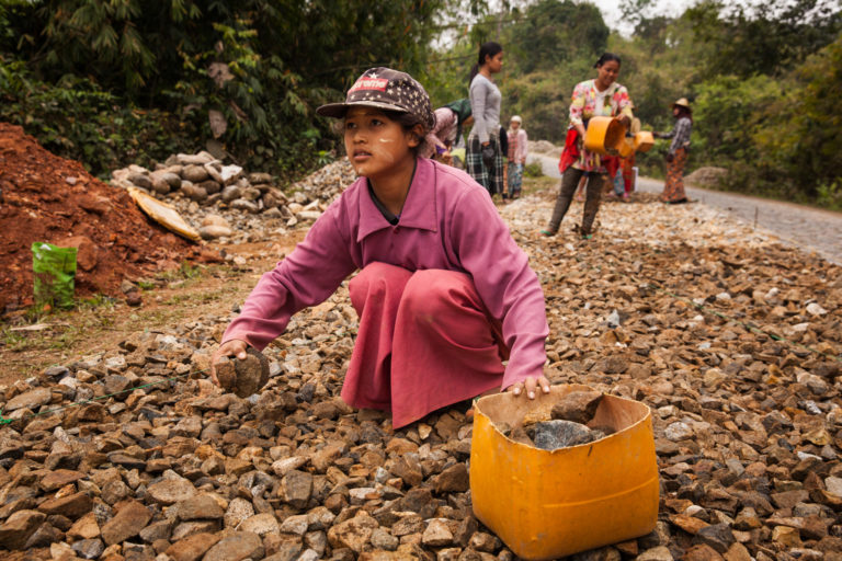 UNICEF/2017/Brown/Child/Labour/Myanmar