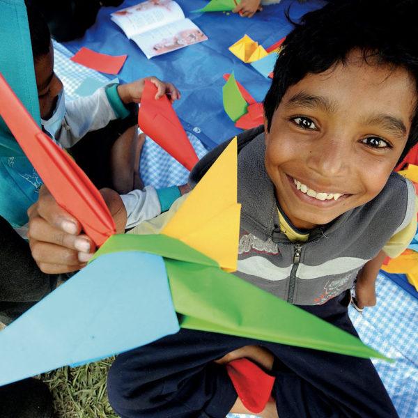 børnevenligt-område-nepat-kathmandu-jordskælv-unicef