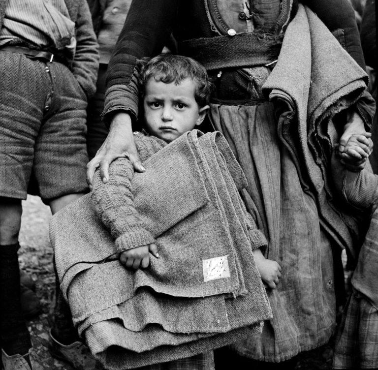 UNICEF hjalp børn, der havde brug for en udstrakt hånd efter Anden Verdenskrig. © UNICEF/UNI41895/Unknown