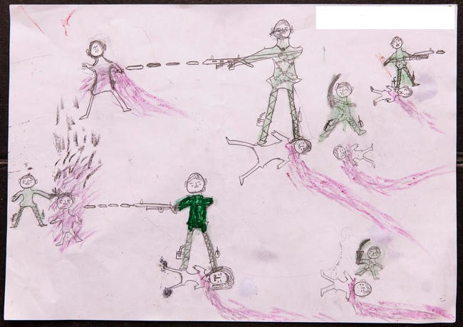 Tegninger tegnet af Rohingya børn, der viser hvad de har oplevet