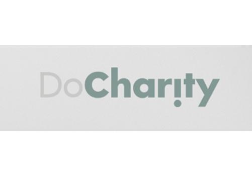 DoCharity arrangerer det årlige Charity Ball, som i 2018 indsamlede over 2,5 millioner kroner. Pengene går til at støtte børn i Grønland.
