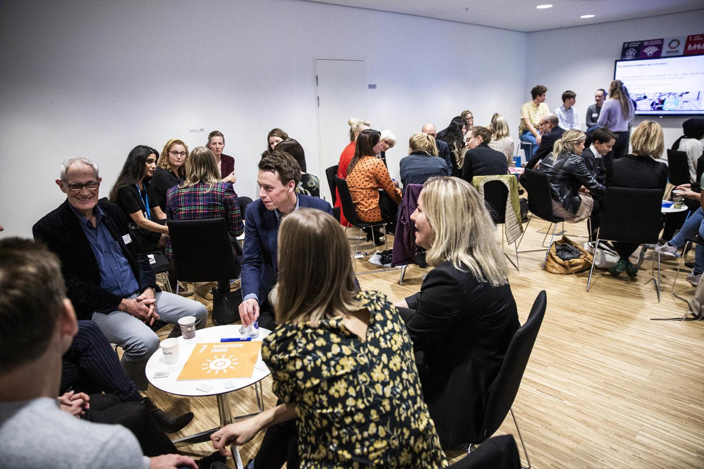 Der var flere laboratorier, hvor deltagerne kunne fordybe sig i dagens emner. Foto: Lise Balsby/2018