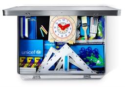School in a box sørger for undervisning til 40 børn