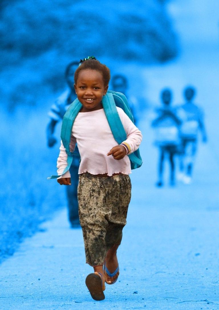 hjælp piger i skole