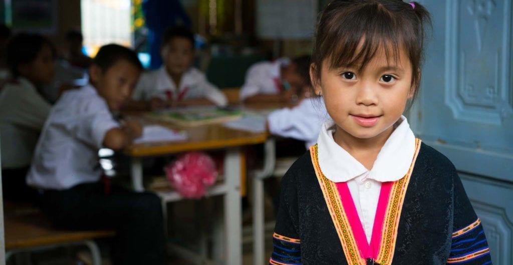 vietnametiske etniske minoritetsbørn får undervisning på Hempel Fond støttet skole