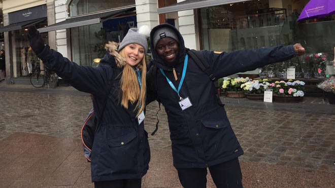 Promoters and fundraisers from UNICEF Denmark are on the streets to fundraise