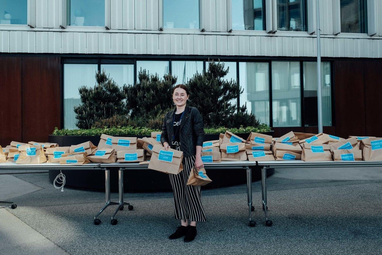 UNICEF står klar med morgenmad - en pakke jordnøddemos!