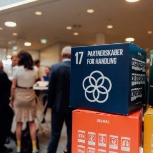Verdensmålene, der her ses som klodser, er i centrum for årets VL Døgn i FN-byen