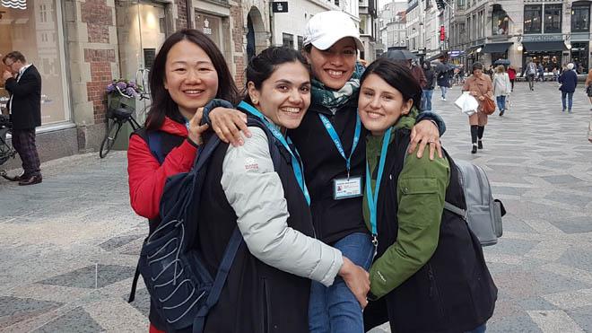 Promotere hos UNICEF står på gaden og hverver nye faste støtter - det vi kalder verdensforældre