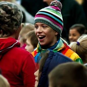 Børn ses til moveathon der afholdes af værebro skole på skolernes motionsdag