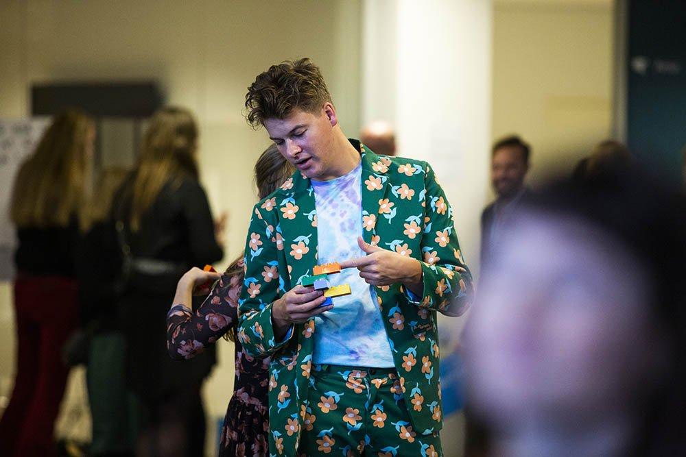 "Social Media Influencer Rasmus ""Lakserytteren"" Kolbe deltog i LEGOs Six Blocks sessionen."